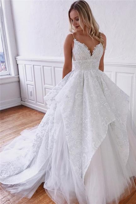 robe de mariée longue princesse asymétrique en appliques dentelles avec bretelles spaghetti traîne