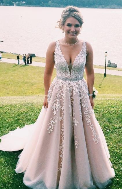 Forme Princesse Longueur ras du sol Col en V Tulle Robes de bal 2021 avec Dentelle