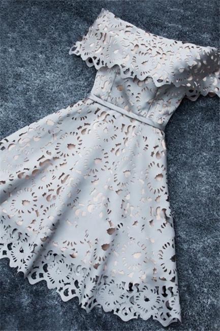 Robe de soirée princesse courte dentelle chic | Robe de cocktail princesse épaules nues