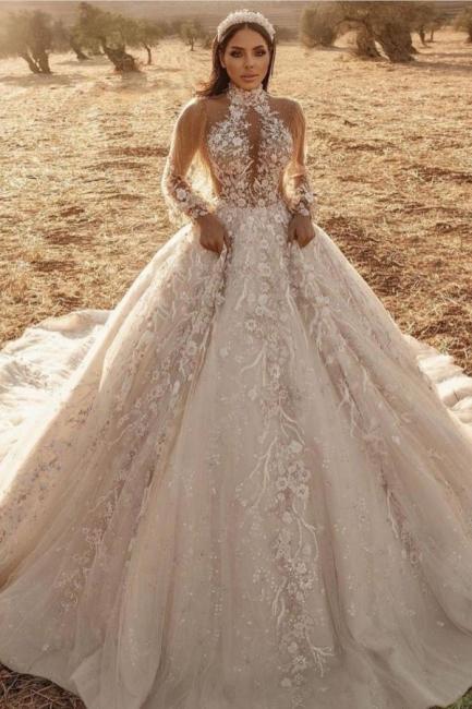 Robes de mariée extravagantes avec dentelle   Robes de mariée manches longues