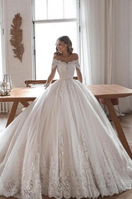 Robes de mariée de créateur avec manches | Robes de mariée Une ligne en dentelle