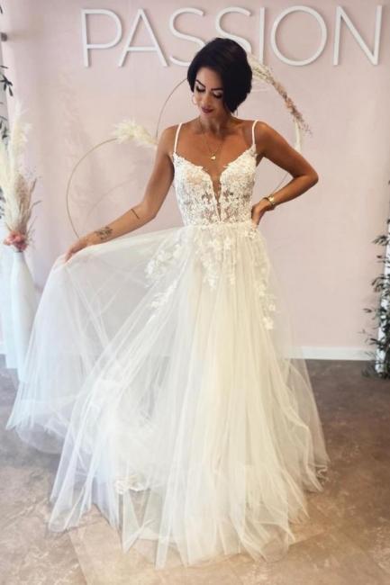 Robes de mariée simples Une ligne de dentelle   Robes de mariée bohème pas cher