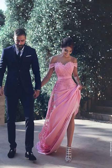 Elégante robe de cérémonie en dentelle délicat épaule nu longueur sol