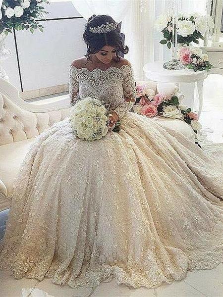 Forme princesse robe de mariée en dentelle délicat avec perle et broderie exquis traîne cathédrale