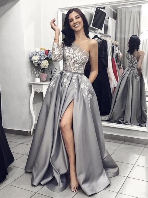Robe de bal princesse longue épaules asymétriques avec dentelle | Robe de soirée princesse moderne manches longues