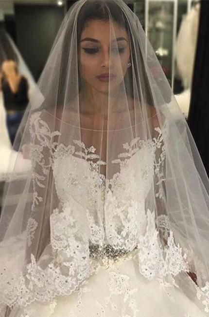Forme Marquise Traîne mi-longue Col U profond Tulle Robes de mariée 2021 avec Appliques