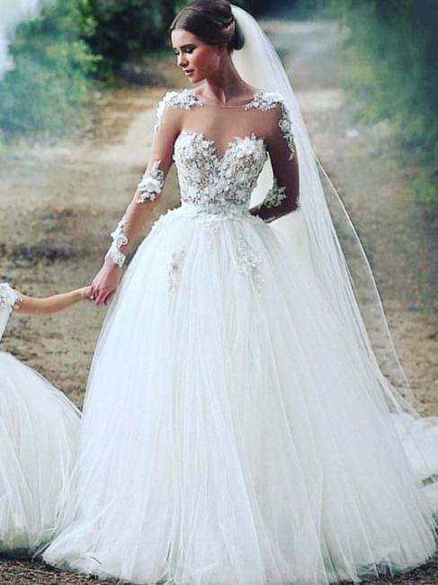 Robe de mariée princesse avec appliques | robe de mariée élégante