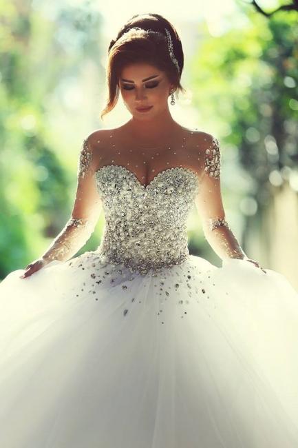 Forme Marquise Traîne mi-longue Col en cœur Tulle Robes de mariée avec Cristal