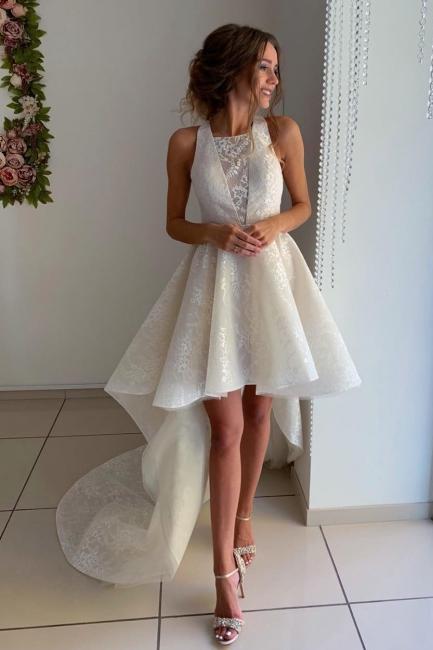 robe de mariée asymétrique en dentelle avec traîne
