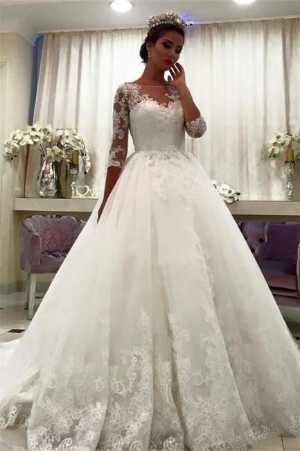 Forme Marquise Traîne mi-longue Col bateau Tulle Robes de mariée robe de bal avec Dentelle