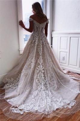 robe de mariée longue princesse épaules nues en appliques dentelles_3