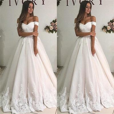 robe de mariée longue princesse épaules nues en appliques dentelles_2