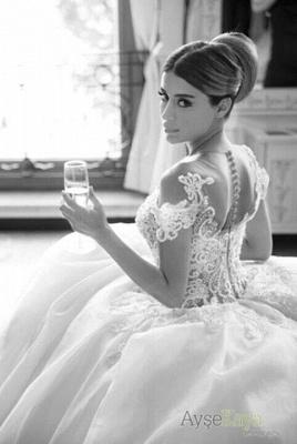 Forme Marquise Traîne moyenne Col ras du cou Dentelle 2021 Robes de mariée avec Appliques_2