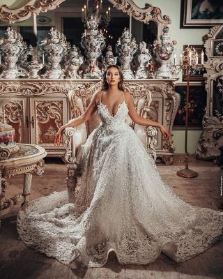 Superbes robes de mariée Une ligne   Robes de mariée en dentelle_6