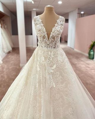 Robes de mariée élégantes décolleté en V   Robes de mariée Une ligne en dentelle_2