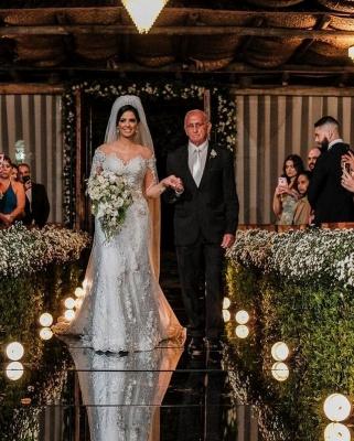 Robes de mariée de luxe avec manches   Robes de mariée Une ligne en dentelle_6