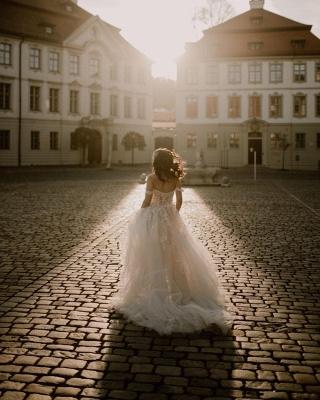 Robes de mariée simples en dentelle | Acheter des robes de mariée bohème en ligne_5