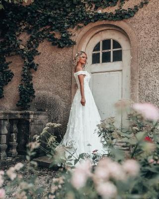 Robes de mariée de créateurs Une ligne de dentelle | Mode nuptiale en ligne_3