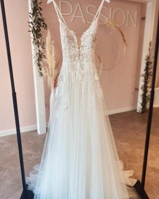 Robes de mariée simples Une ligne de dentelle   Robes de mariée bohème pas cher_2