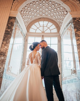 Robes de mariée de luxe Une ligne de dentelle   Robes de mariée à manches_5
