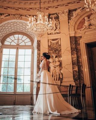 Robes de mariée de luxe Une ligne de dentelle   Robes de mariée à manches_7