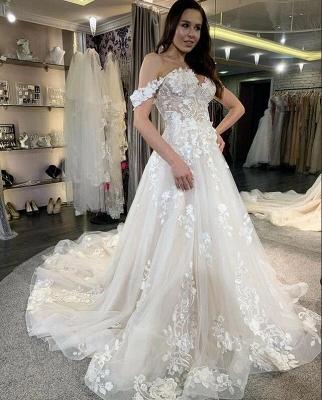 robe de mariée blanche à linie | robe de mariée en dentelle_4