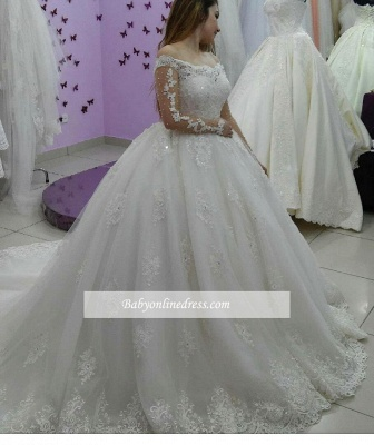 Forme Marquise Traîne Moyenne Epaules nues Tulle Ball Gown Robe de Soirée Dentelle_1