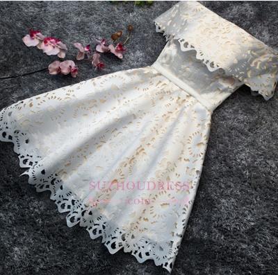 Robe de soirée princesse courte dentelle chic | Robe de cocktail princesse épaules nues_1