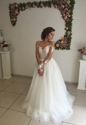 Robe de mariée princesse tulle chic avec dentelle | Robe de mariage princesse épaules nues_2