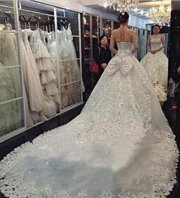 Forme Marquise Traîne mi-longue Dos nu Dentelle 2020 Robes de mariée avec Perle_4