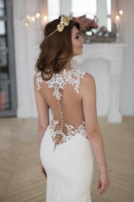 Forme fourreau robe de mariée en dentelle délicat dos nu transparente traine alayage_5