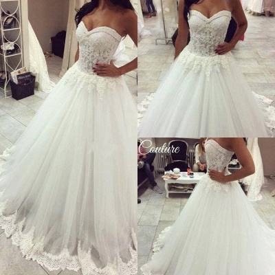 Forme Princesse Traîne moyenne Col en cœur Tulle Robes de mariée avec Dentelle_4