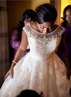 Forme Princesse Traîne moyenne Col U profond Dentelle Nouveau Robes de mariée A-ligne avec Perle_1