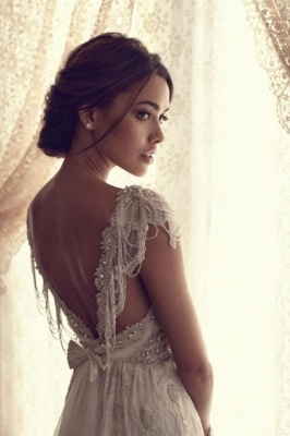 Forme Fourreau Col en V Satin alayage/Pinceau train Robes de mariée avec Dentelle_4